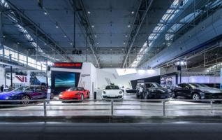 新款 Panamera亮相2021新疆车展 呈现专属于保时捷的速度与激情